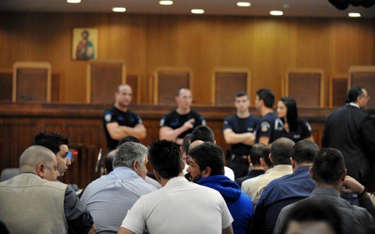Δίκη Χρυσής Αυγής: «Με άνωθεν εντολές όλες οι επιθέσεις, απόλυτος κυρίαρχος ο Μιχαλολιάκος»