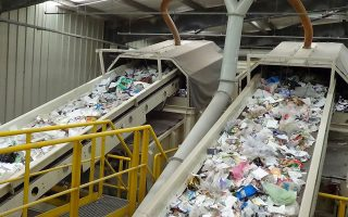 Στην Ελλάδα από περίπου 5,3 εκατ. τόνους ΑΣΑ που παράγονται τον χρόνο, μόνο 800.000 τόνοι ανακυκλώνονται ή κομποστοποιούνται.