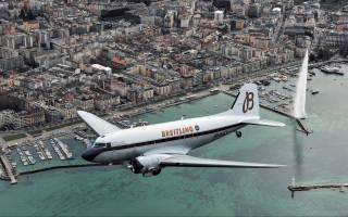 To Breitling DC-3 πάνω από την πόλη της Γενεύης