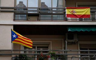 Λίγες ώρες πριν ανοίξουν οι κάλπες για το πολυαναμενόμενο δημοψήφισμα, η Μαδρίτη παραμένει ανυποχώρητη.