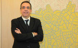 Λεωνίδας Φραγκιαδάκης: «Αν η Ελλάδα επιμείνει στην εφαρμογή του προγράμματος και έλθει η οικονομική ανάπτυξη, τότε δεν τίθεται κανένα ζήτημα βιωσιμότητας του τραπεζικού συστήματος».
