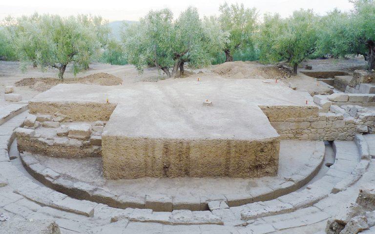i-archaia-orchistra-fotistike-2210592