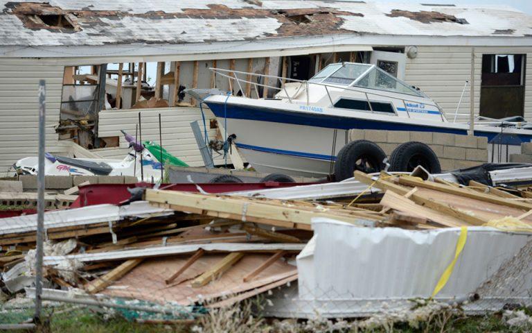 Τυφώνας Ιρμα: Τουλάχιστον 12 νεκροί – Παγκόσμιο ρεκόρ η διατήρηση της σφοδρότητας των ανέμων