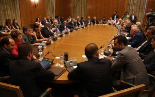 Με τη δρομολόγηση των έργων στο Ελληνικό, η κυβέρνηση επιδιώκει να απαντήσει στο επιχείρημα της Ν.Δ. ότι δεν μπορεί να φέρει επενδύσεις στη χώρα.