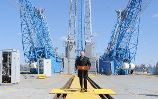 Παλαιότερη φωτογραφία, η οποία δείχνει τον Βλαντιμίρ Πούτιν έπειτα από εκτόξευση διαστημικού πυραύλου Σογιούζ.
