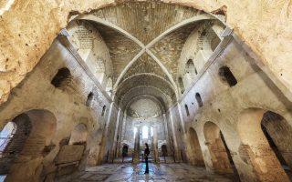 H εκκλησία του Αγίου Νικολάου στο Ντεμρέ αποτελεί αγαπημένο προορισμό των προσκυνητών, καθώς θεωρείται ότι είναι η τελευταία κατοικία του.