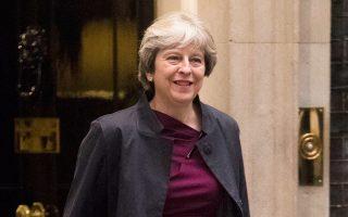 Σκοπός της κ. Μέι είναι να υπάρξει διετής μεταβατική περίοδος πριν από το Brexit, στη διάρκεια της οποίας η Βρετανία θα διατηρήσει ανοιχτή την πρόσβασή της στην ενιαία αγορά και στην τελωνειακή ένωση.