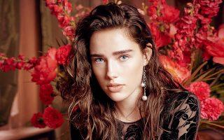 H παγκόσμια πρώτη της συλλογής Blugirl για το καλοκαίρι του '18 θα γίνει στην Αθήνα, στο πλαίσιο της 22ης AXDW.