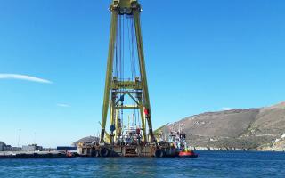 Στην Ανδρο ολοκληρώνεται η προετοιμασία για την ανέλκυση τμήματος του ναυαγίου του «Cabrera», που βυθίστηκε τον Δεκέμβριο. Την ανέλκυση θα εκτελέσει γερανός που ήρθε από την Ολλανδία.