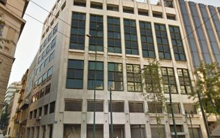 Tα πρώην γραφεία της ΑΤΕ θα μετατραπούν σε ξενοδοχείο 4 αστέρων. Ο όμιλος Λάμψα κατέθεσε βελτιωμένη προσφορά, με αποτέλεσμα να οριστικοποιηθεί η σχετική συμφωνία.