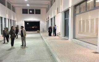 Στο κάλεσμα του Impact Hub Athens ανταποκρίθηκαν 15 κάτοικοι, επιχειρηματίες και καλλιτέχνες της Κυψέλης. Μετά την παρουσίαση της Ελενας, της Σόφης και του Δημήτρη, ξεναγηθήκαμε στο ισόγειο και στο υπόγειο της Αγοράς.
