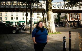 Η Γκαμπριέλ Ντεϊντιέ, συγγραφέας ενός νέου βιβλίου για τις διακρίσεις που υφίστανται οι υπέρβαροι Γάλλοι.