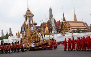 peripoy-250-000-tailandoi-anamenontai-stin-teleti-kaysis-toy-vasilia-mpoymimpol-antoylantei0