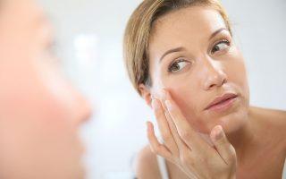Γιατί η αντηλιακή προστασία στο πρόσωπο είναι επιτακτικη ανάγκη όλο τον χρόνο...