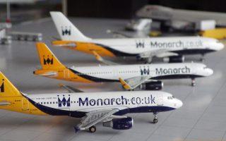 Η Monarch είναι η τρίτη κατά σειράν ευρωπαϊκή εταιρεία, μετά την Alitalia και την Air Berlin, που χρεοκοπεί τους τελευταίους πέντε μήνες. Εκτελούσε δρομολόγια για 40 προορισμούς από πέντε βρετανικά αεροδρόμια και απασχολούσε 2.750 εργαζομένους.