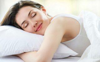 Επιδημιολογικές μελέτες έχουν δείξει ότι η έλλειψη ύπνου σε καθημερινή βάση μπορεί να συμβάλει στην αύξηση του σωματικού βάρους.