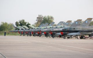 Προχωρούν οι διαδικασίες για τον εκσυγχρονισμό των μαχητικών F-16, με συνεργασία της Lockheed Martin με την ΕΑΒ.