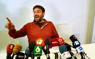 Ο γ.γ. του καταλανικού τμήματος του Podemos, Αλμπάνο - Ντάντε Φατσίν, ανακοινώνει την παραίτησή του λόγω διαφωνιών με την κεντρική ηγεσία του Πάμπλο Ιγκλέσιας για τις εκλογές και το μέλλον της περιοχής.