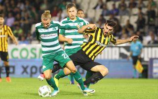 Η βελγική ομάδα θέλει να αποκτήσει από τώρα τον Λουντ (μέσον) για να προλάβει μεγαλύτερο ανταγωνισμό το καλοκαίρι.