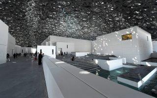 Ο σκληρός ήλιος του Αμπου Ντάμπι λούζει με φωτεινές πιτσιλιές τον θόλο του νέου Μουσείου του Λούβρου, που σχεδιάστηκε από τον Γάλλο αρχιτέκτονα Ζαν Νουβέλ και εγκαινιάζεται για το κοινό το προσεχές Σάββατο. Η μόνιμη συλλογή του μουσείου των Εμιράτων, που διαθέτει 23 παραθαλάσσιες γκαλερί, θα αριθμεί 600 έργα, το ένα τρίτο των οποίων θα εκτίθεται ήδη την ημέρα των εγκαινίων. Τα έργα κατασκευής του διήρκεσαν περίπου δέκα χρόνια και το συνολικό κόστος ανήλθε στα 650 εκατομμύρια δολάρια.