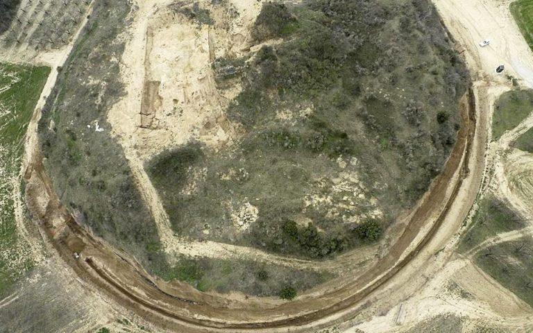deyteri-eykairia-gia-tin-apaxiomeni-amfipoli-2217365