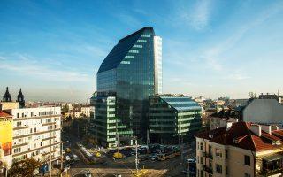 Εσοδα γύρω στα 80 εκατ. προσδοκά ο όμιλος της ΓΕΚ ΤΕΡΝΑ από την ανάπτυξη του νέου κτιρίου γραφείων City Tower στο κέντρο της Σόφιας. Παράλληλα, αυξημένα έσοδα προβλέπονται και από το ξενοδοχειακό συγκρότημα Borovets Euphoria Club του ομίλου, στο ομώνυμο χειμερινό θέρετρο.