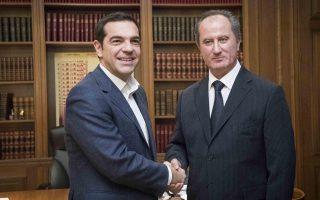 (Ξένη Δημοσίευση)  Ο πρωθυπουργός, Αλέξης Τσίπρας (A) υποδέχεται στο Μέγαρο Μαξίμου με τον υποψήφιο του ΑΚΕΛ για την Προεδρία της Κυπριακής Δημοκρατίας Σταύρο Μαλά (Δ), το Σάββατο 25 Νοεμβρίου 2017. ΑΠΕ-ΜΠΕ/ΓΡΑΦΕΙΟ ΤΥΠΟΥ ΠΡΩΘΥΠΟΥΡΓΟΥ/Andrea Bonetti
