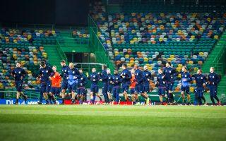 Ο Ολυμπιακός πάτησε χθες στο «Ζοσέ Αλβαλάδε», όπου απόψε θα δώσει έναν πρόωρο τελικό απέναντι στη Σπόρτινγκ Λισσαβώνας.