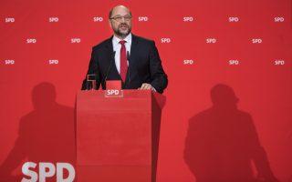 Ο ηγέτης των Γερμανών Σοσιαλδημοκρατών, Μάρτιν Σουλτς, στη χθεσινή συνέντευξη Τύπου, στα κεντρικά γραφεία του κόμματός του.