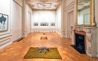 Περίπου μία εικοσαετία (1984-2006) καλύπτει η επιλογή των έργων του Μάικ Κέλι που παρουσιάζεται από σήμερα στο Μουσείο Κυκλαδικής Τέχνης.
