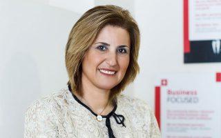 Το τέλος των «χρυσών βιογραφικών» και η αντικατάστασή τους από μια νέα ανερχόμενη παραγωγική γενιά είναι η νέα τάση στους κόλπους και των ελληνικών επιχειρήσεων, λέει η πρόεδρος και CEO της People for Business Group, Ρεβέκκα Πιτσίκα.