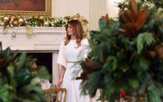 Η Πρώτη Κυρία επέβλεψε την κάθε λεπτομέρεια και επιμελήθηκε πολλά από τα στοιχεία που κοσμούν τα δωμάτια του Λευκού Οίκου.