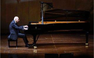 Πιανίστας - ποιητής, ο Μαρτίνος Τιρίμος ανέδειξε την ποικιλία του πιανιστικού έργου του Ντεμπισί.