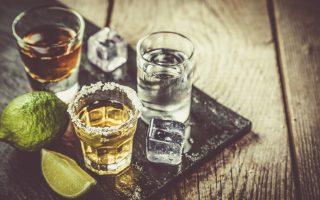 alkool-to-ti-pinoyme-epireazei-to-pos-niothoyme-2219338