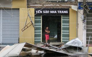 vietnam-toylachiston-27-nekroys-afise-piso-toy-o-tyfonas-ntamrei0