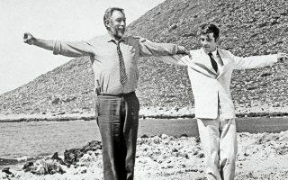Με το βλέμμα του ξένου, η σύγχρονη Ελλάδα της κρίσης δεν είναι, πλέον, οι συμπαθητικοί και εξωτικοί Ζορμπάδες του '60, αλλά κάποιοι απείθαρχοι χρεοκοπημένοι που ζητούν διαρκώς δάνεια.