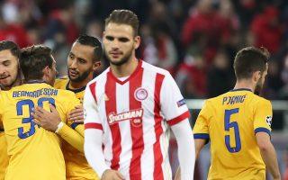 Οι «ερυθρόλευκοι» αποκλείστηκαν νωρίς από την Ευρώπη και η Ελλάδα υποχώρησε στη 15η θέση της βαθμολογίας της UEFA.