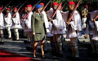 Προετοιμασίες στο Προεδρικό Μέγαρο λίγο πριν φθάσει ο Τ. Ερντογάν.