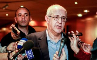 Ο κ. Θεοδωρόπουλος έθεσε επί τάπητος πλάνο συγκέντρωσης πόρων τόσο από την πλευρά του όσο και από τους φίλους της ομάδας.