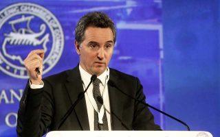 «Είναι φανερό πως μια βιώσιμη ανάκαμψη θα απαιτήσει τη συνέχιση της εφαρμογής μεταρρυθμίσεων για πολλά χρόνια ακόμη», είπε ο επικεφαλής της αποστολής της Ευρωπαϊκής Επιτροπής στην Ελλάδα Ντέκλαν Κοστέλο.