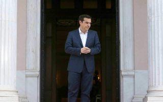 tsipras-2-6-ekat-eyro-gia-katavoli-misthon-stoys-ergazomenoys-tis-elvo0