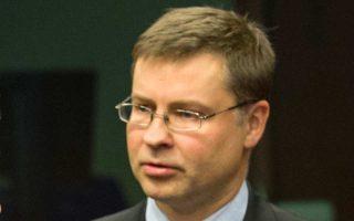 Ο αντιπρόεδρος της Ευρωπαϊκής Επιτροπής Βάλντις Ντομπρόβσκις.