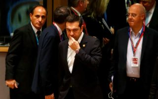 tsipras-astochi-i-protasi-toysk-gia-to-prosfygiko0