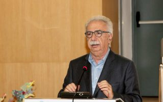 «Θα πρέπει να αρχίσει μια πολύ σοβαρή συζήτηση, με την ίδια τη μειονότητα», δήλωσε ο κ. Γαβρόγλου.