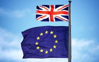 Οι βρετανικές επιχειρήσεις επικρίνουν την κυβέρνηση Μέι για τους αργούς χειρισμούς της στις διαπραγματεύσεις με την Ε.Ε.