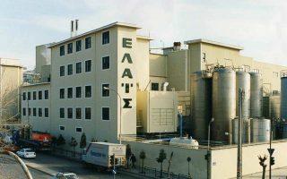 Στον έλεγχο της KKR περνούν η δραστηριότητα της «Ελαΐς» - Unilever, ήτοι η παραγωγή του ελαιολάδου «Αλτις» και των σπορελαίων, το εργοστάσιο της εταιρείας επί της οδού Πειραιώς στο Νέο Φάληρο, μαζί με τον μηχανολογικό εξοπλισμό και τις συμβάσεις εργασίας του προσωπικού.