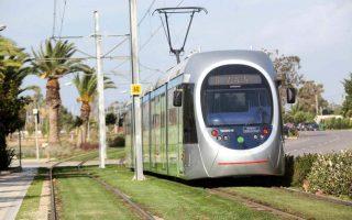 trimini-diakopi-tis-kykloforias-toy-tram-sto-tmima-syntagma-amp-8211-leof-voyliagmenis0