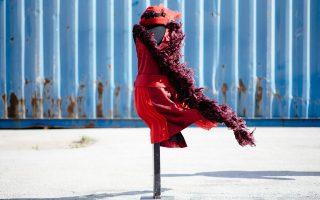 Κοστούμι Δαμιανού Ζαρίφη από την οπερέτα ΧΡΙΣΤΙΝΑ 2005 σε σκηνοθεσία Γιώργου Ρεμούνδου (Φωτογραφία: Χρήστος Τόλης)