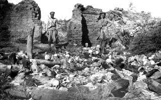 Από το «Intent to Destroy», αφιερωμένο στη γενοκτονία των Αρμενίων.