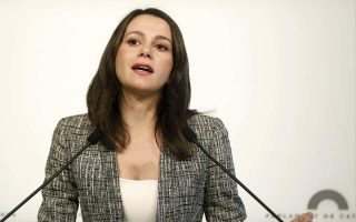 Η υποψήφια των Ciudadanos για την Καταλωνία Ινές Αριμάντας διαφώνησε με την πρόταση για τον Πουτζντεμόν.